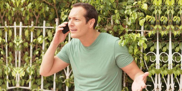 Consumo sentencia telefónica contra empresario