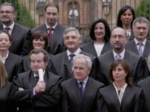 Insignia de plata a Manuel Velázquez por sus 25 años de carrera: ¡Gracias por vuestra confianza!