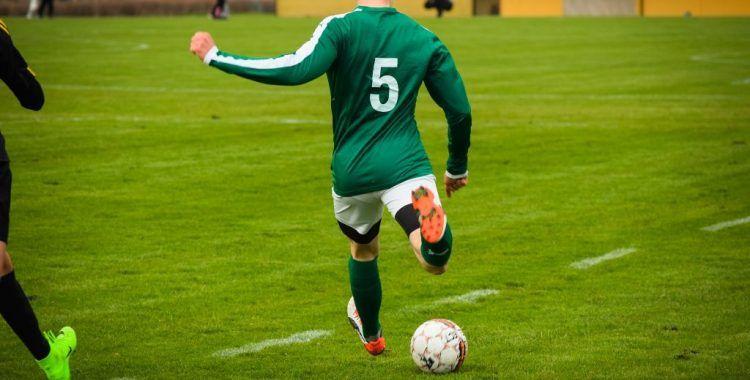 Incapacidad permanente futbolista menor de 30 años